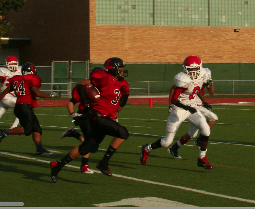 Links win first Homecoming game in 12 years