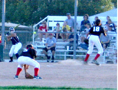 Links Softball works hard
