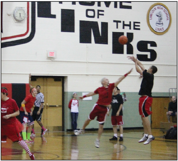 Black Team Takes Win at Hoops for Hope Fundraiser