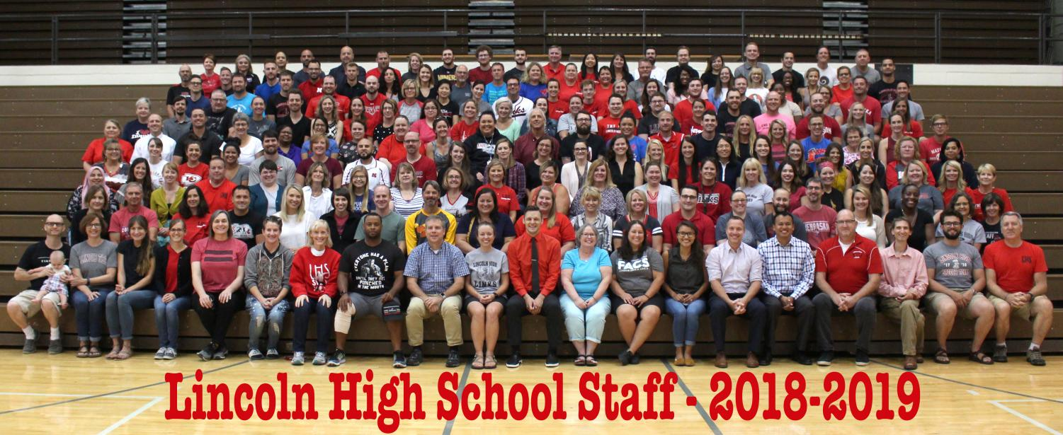 The Lincoln High School 2018-2019 Faculty and Staff pose for a group photo on Friday, Aug. 10, 2018 (the last work day before the new school year begins on Monday). LHS welcomes 29 new and returning staff to the building this year. Photo by Greg Keller
