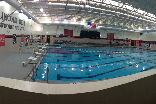A panoramic image of the pool before Power Hour. Photo by Anh Mai