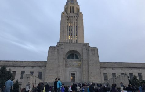A crowd begins to form in front of the State Capitol before the vigil on Thursday, November 1, 2018. Photo by Meg Boedeker.