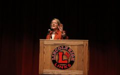 Democratic Senate candidate Jane Raybould speaks to LHS students