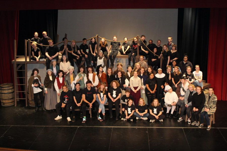 One Act Cast and Crew pose for a photo after the Student Performance on November 29th. Photo by Anthony Torres