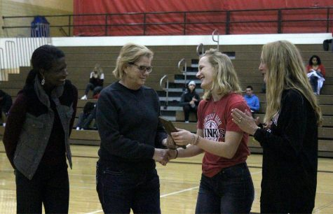 LHS Swimmer Colleen Arnold brings home Spirit Award