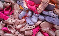 Navigation to Story: Crocs come back from the dead!